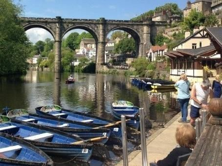 This image shows Knaresborough, Harrogate in Yorkshire showing a dock with boats.