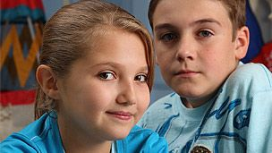 This image shows a youg Joe Maw and Mia McKenna-Bruce playing Johnny and Tee Taylor in Tracy Beaker Returns.