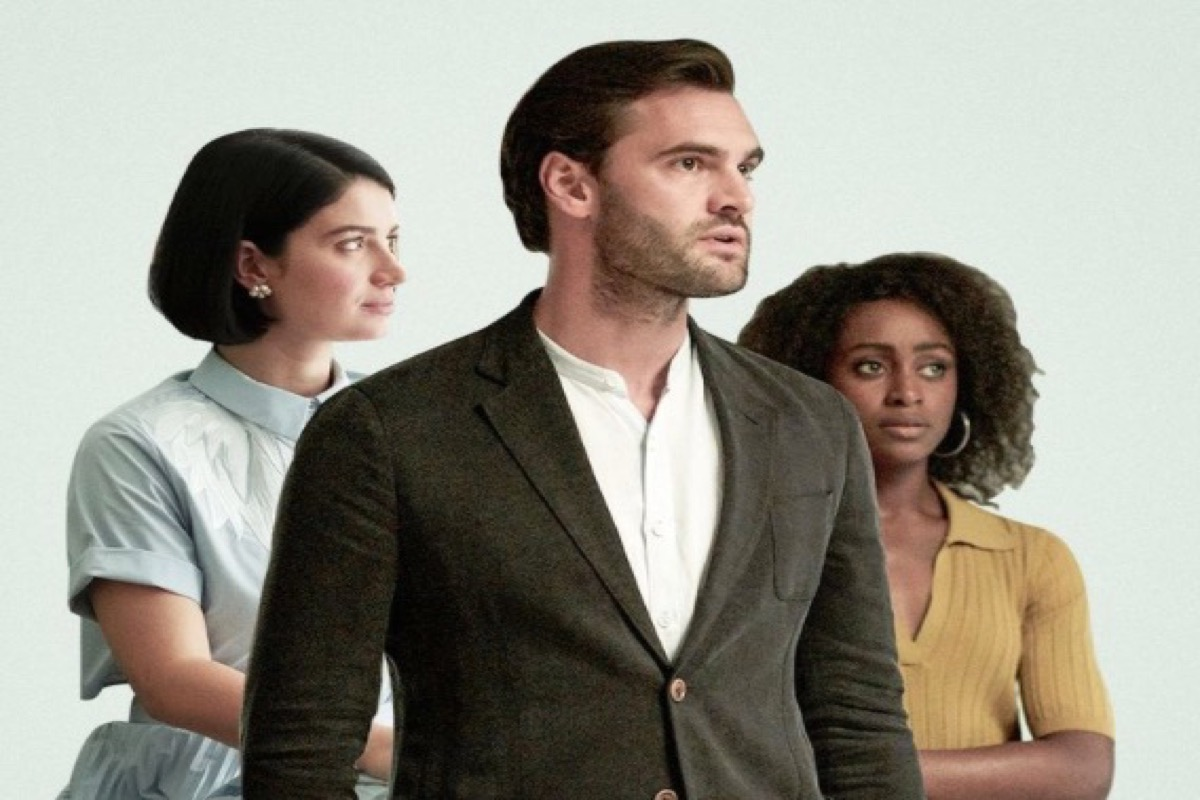 This image shows the main cast of the netflix series Behind her eyes.