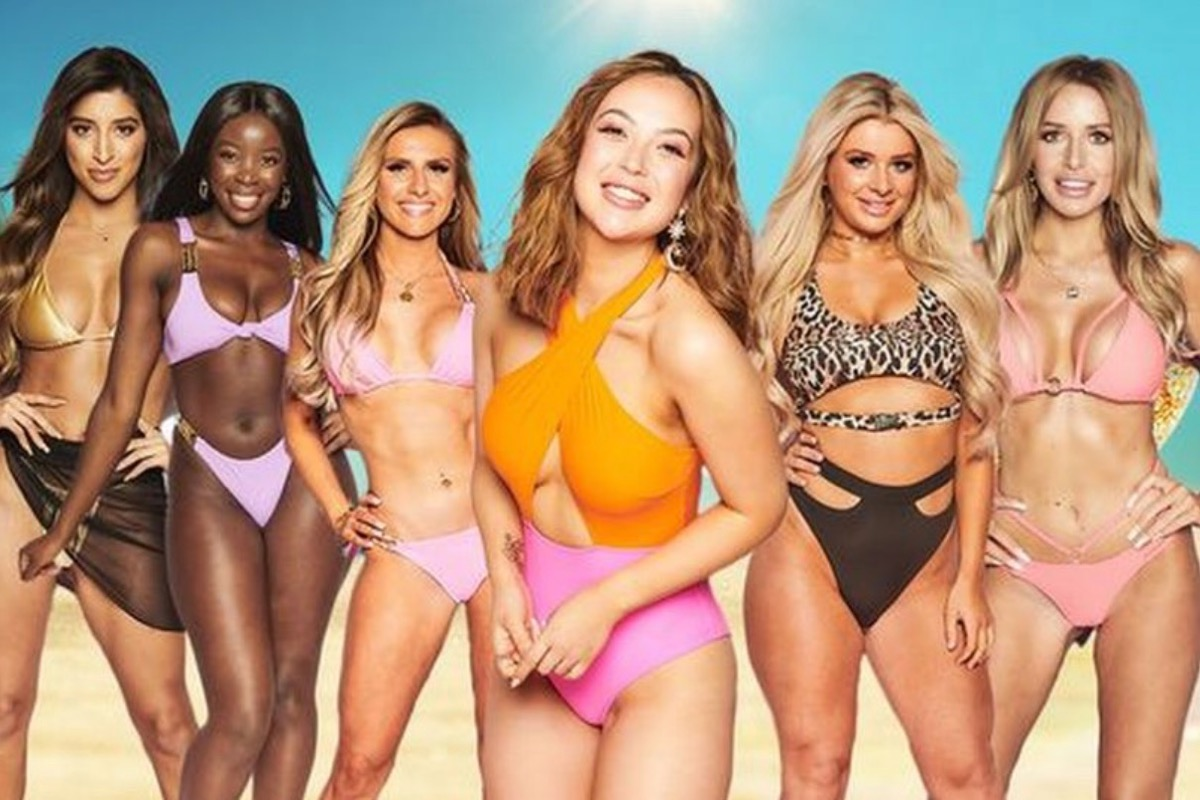 This image shows the 2021 girls that are starring on the TV show Love island.